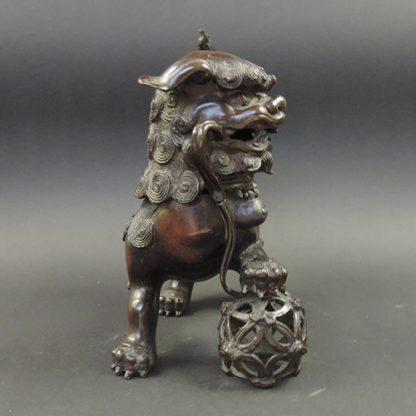 Ming bronze Lion incense burner | head | Bovens Amsterdam