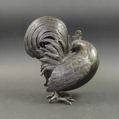 Qing bronze Rooster censer | back | Bovens Amsterdam