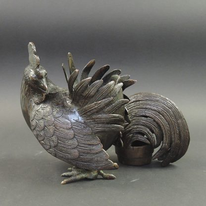 Qing bronze Rooster censer | details | Bovens Amsterdam